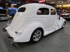 35 Ford  SHOP SAFE! THIS CAR, AND ANY OTHER CAR YOU PURCHASE FROM PAYLESS CAR SALES IS PROTECTED WITH THE NJS LEMON LAW!! LOOKING FOR AN AFFORDABLE CAR THAT WON'T GIVE YOU PROBLEMS? COME TO PAYLESS CAR SALES TODAY! Para Representante en Espanol llama ahora PLEASE CALL ASAP 732-316-5555