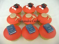 Cupcakes de Direito- lawyer cupcakes | Flickr - Photo Sharing!