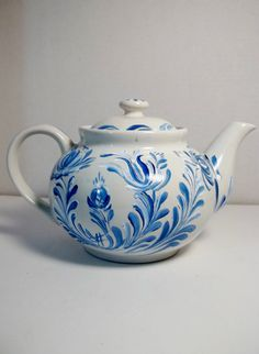 A Nice White Stoneware Rosemaled Tea Pot Painted Blue and White Rosemaling, Scandinavian Swedish Norwegian Folk Art Style
