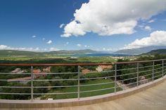 Kavac View