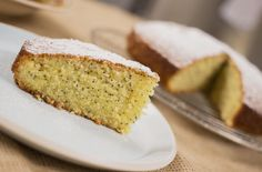 Poppyseed and Lemon Cake - The Happy Foodie