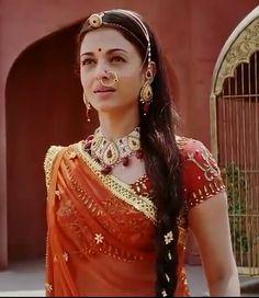Aishwarya Rai Young, Jodhaa Akbar, Tejaswi Prakash, Bollywood, Indian Bridal Fashion, Cute Photography, Wonderful Picture, Indian Movies, Beautiful Indian Actress