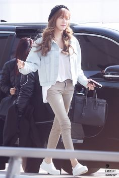 2015 SNSD Tiffany airport fashion how is anyone so skinny?!?!