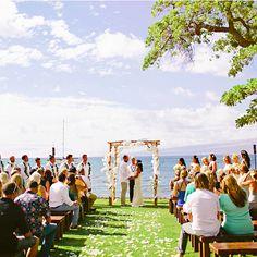 Puako Bay, Big Island | 25 Impossibly Beautiful Wedding Locations In Hawaii