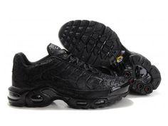Nike Air Max TN Requin Pas Chere Chaussures De Homme Noir Code du produit: 1310160375 Prix: €86.99 Marque: NIKE TN Couleur: Couleurs comme sur les photos Produits Taille: 40 41 42 43 44 45 46