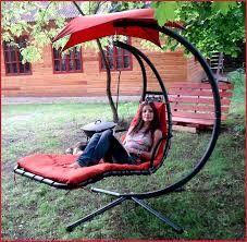 Holy shit yes Iron Furniture, Steel Furniture, Garden Furniture, Furniture Design, Hammock Swing, Hammock Chair, Swinging Chair, Swing Chairs, Room Chairs