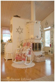 Scandinavian Style, Country Style, Toddler Bed, Shabby, Cottage, Stoves, Bunnies, Whimsical, Kitchens