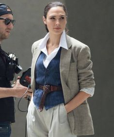 Gal Gadot behind the scenes of 'Wonder Woman June Hollywood Actresses, Actors & Actresses, Gal Gabot, Victoria Justice, Work Wardrobe, Wonder Woman, Coat, Womens Fashion, Outfits