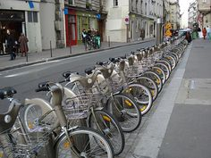 It costs just €8 for a week's worth of cycling using Paris' Vélib' bike share program. Photo: Baz