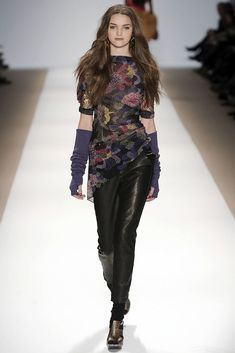 Nanette Lepore Fall 2009 Ready-to-Wear Collection Photos - Vogue