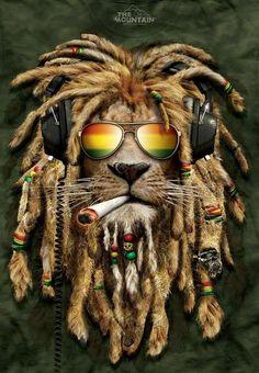 Lion King DJ Jahman Rasta Sunglasses Smoking Headphones Mountain Green Wild Exotic Animal Gift Cotton Big Cats Adult T-Shirt Lion Rasta, Rasta Art, Smoke Painting, Diy Painting, Painting Steps, Reggae Art, Lenticular Printing, 3d Pictures, Diamond Art