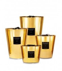 A red and yellow gold scented candle, available in 4 sizes, revealing a floral fragrance with notes of jasmine and musk. Discover Aurum by Baobab Collection Gold Candles, Large Candles, Luxury Candles, Best Candles, Bougie Baobab, Candle Store, Reclaimed Wood Wall Art, Gold Glass, Glass Wax