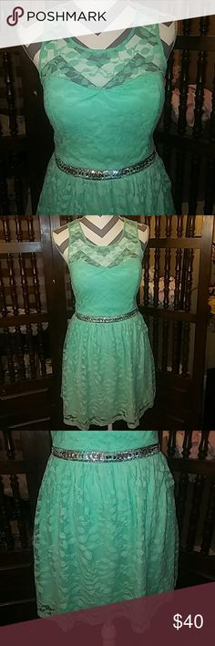 Candie's mint green and silver dress, size 5 Candie's mint green and silver dress, size 5. Candie's Dresses Prom