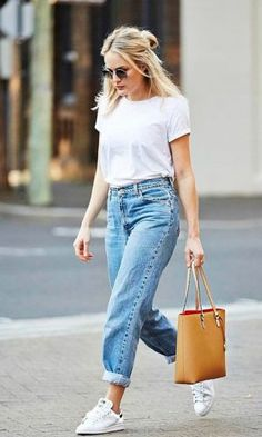 New Jeans Outfit Casual baggy jeans women capri pants for women Simple Outfits, Cool Outfits, Summer Outfits, Casual Outfits, Fashion Outfits, Sneakers Fashion, Trendy Fashion, Travel Outfits, Woman Outfits