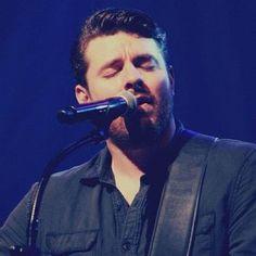 Good Lord! He looks like an angel! ;) So beautiful! ;D