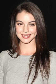 Adelaide Kane, one of my favorite new actresses from Australia. She plays Mary, Queen of Scots on Reign and Cora Hale on Teen Wolf!