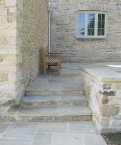 Take a look at the gallery of Natural Stone Consulting's collection of York stone paving, driveway setts and reclaimed flagstones. Front Door Steps, Porch Steps, Garden Paving, Garden Steps, Backyard Patio, Backyard Landscaping, Pergula Patio, Landscaping Ideas, Stone Patio Designs