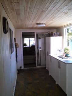 This complete DIY mobile home transformation includes shiplap walls and ceiling, plumbing pipe furniture, and more. Great mobile home projects that were done on the weekends and on a budget. You know, a real project for real people with real budgets! Mobile Home Redo, Mobile Home Repair, Mobile Home Makeovers, Mobile Home Living, Mobile Home Decorating, Mobile House, Decorating Tips, Mobile Home Renovations, Remodeling Mobile Homes