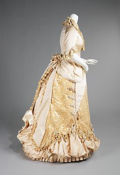 1885, silk and linen evening gown.