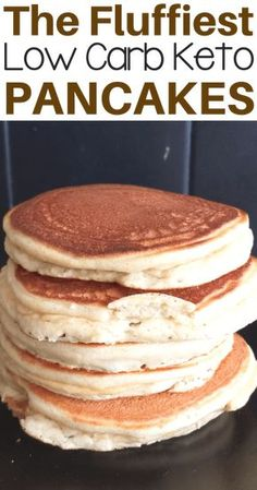 Easy light & fluffy low carb keto pancake recipe for breakfast or as a snack. On… Easy light & fluffy low carb keto pancake recipe for breakfast or as a snack. Only a few ingredients needed. Also a gluten-free and sugar free recipe! Keto Postres, Pain Keto, Comida Keto, Keto Pancakes, Fluffy Pancakes, Waffles, Keto Cream Cheese Pancakes, Fluffiest Pancakes, Pancakes Easy
