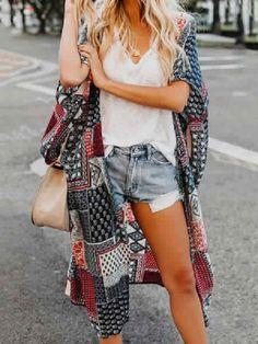 Bohemian Dreams Kimono In Dark Blue Plaid Fashion, Boho Fashion, Fashion Vintage, Fashion Fall, Fashion Ideas, Womens Fashion, Cardigan Oversize, Jean Court, Chiffon