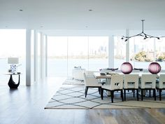 7 Striking Dining Room Design Ideas To Steal From Greg Natale | Dining Room Ideas. Dining Room Furniture. #diningroomideas #diningroomfurniture #gregnatale Read more: http://diningroomideas.eu/striking-dining-room-design-ideas-steal-greg-natale/