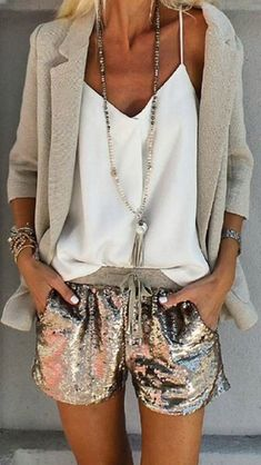 Find More at => http://feedproxy.google.com/~r/amazingoutfits/~3/AJcLkaySzv8/AmazingOutfits.page