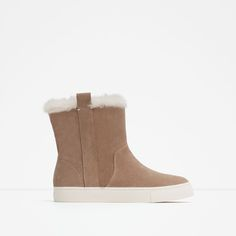 ZARA - WOMAN - FLAT LEATHER ANKLE BOOTS REF. 7189/001  99.90 USD