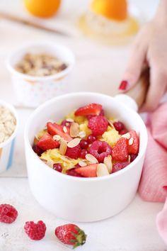 Oeufs brouillés sucrés aux fruits rouges