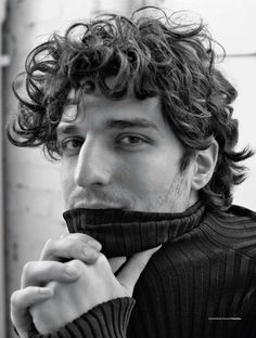 Louis Garrel para L'Officiel Hommes Italia Fall/winter 2016 por Stefano Galuzzi More