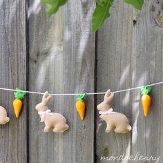 Easter inspiration - felt bunnies and carrots as a garland.