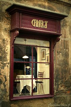 The only such a place in Krakow.  My favorite place for coffee and cheesecake.