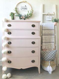 General Finishes NEW Ballet Pink Milk Paint dresser Pink Furniture, Bedroom Furniture Makeover, Girls Bedroom Furniture, Shabby Chic Furniture, Furniture Design, Lego Bedroom, Kitchen Furniture, Resale Furniture, Kids Bedroom