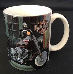 HARLEY DAVIDSON MOTORCYCLE ROAD KING COFFEE MUG CUP W/ RAISED EMBLEM INSIDE 2002
