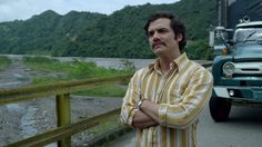 """Watch A Behind The Scenes Featurette Of Pablo Escobar's Dramatic Death Scene In Season 2 Of """"Narcos"""""""