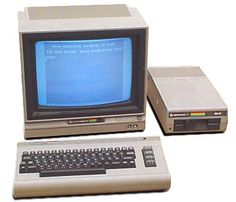 Ahhh. The Commodore Computer and its floppy disc drive. This is what I worked with in my Junior High computer class.