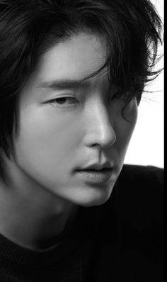Lee Joong Ki, Beautiful Guys, Joon Gi, Lee Jong, You Are Perfect, Memento Mori, Asian Actors, Asian Men, Sofas