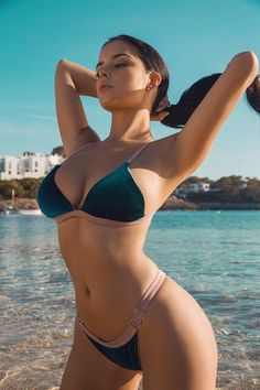 Sexy Bikini, The Bikini, Bikini Girls, Demi Rose Mawby, Belle Silhouette, Jolie Lingerie, Mädchen In Bikinis, Bikini Swimwear, Bikini Workout