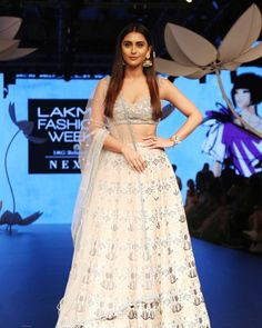 For in at Lakme Fashion Week ! Bollywood Fashion, Bollywood Actress, Krystal Dsouza, Indian Aesthetic, Actress Pics, Lakme Fashion Week, Prom Dresses, Formal Dresses, Celebs