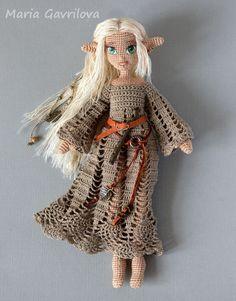 Beauty and Things Crochet Fairy, Crochet Dragon, Cute Crochet, Knitted Dolls, Crochet Dolls, Crochet Doll Pattern, Crochet Patterns, Kobold, Halloween Crochet
