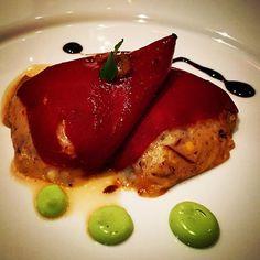 Pimientos rellenos de cecina de potro, #gastronomía leonesa. Un #plato de #koketo. puedes ver esta y otras #recetas en http://koketo.es o seguirnos en @chefkoketo y @jorgehdezalonso.