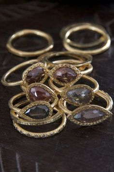 Handmade gold and raw diamond rings - Karen Liberman trunk show at WHITE bIRD Jewellery. Article in VOGUE Paris.