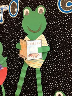 "Have your students design frogs holding their favorite books in their arms. This would make an fun spring bulletin board display titled: ""Spring Into a Good Book."" could be adapted for music Frog Bulletin Boards, Spring Bulletin Boards, Classroom Bulletin Boards, Classroom Crafts, Classroom Themes, Frog Activities, Spring Activities, Spring School, School Fun"