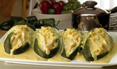 chiles-rellenos con salsa de elote receta