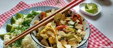 paksoi curry schotel Rice Recipes, Healthy Recipes, Healthy Food, Paleo Dinner, Chow Chow, International Recipes, Pasta Salad, Risotto, Potato Salad