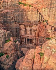 Is Travel Insurance Necessary When Travelling Abroad? Mountain Love, Beautiful Places, Beautiful Pictures, City Of Petra, Impressive Image, Travel Abroad, Wonders Of The World, Istanbul, Travel Inspiration