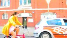 Vizionează filmul «LILY ALLEN - LDN» încărcat de Stefan Herbst pe Dailymotion.