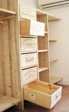 Dressing sur mesure avec tiroirs caisse en bois