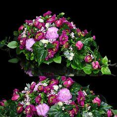 Dekoracja nagrobna Nr 460 Grave Decorations, Floral Wreath, Wreaths, Board, Floral Crown, Door Wreaths, Deco Mesh Wreaths, Floral Arrangements, Garlands