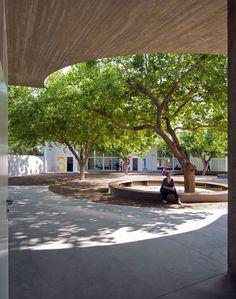 Paredes Pedrosa Arquitectos, Luis Asin · Kid University in Gandía · Divisare